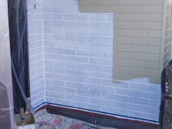 外壁塗装 下塗り、中塗り